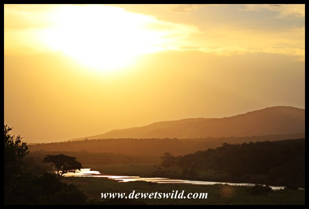 Sunset over the Black Umfolozi River