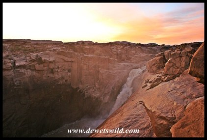 Sunrise over Augrabies Falls